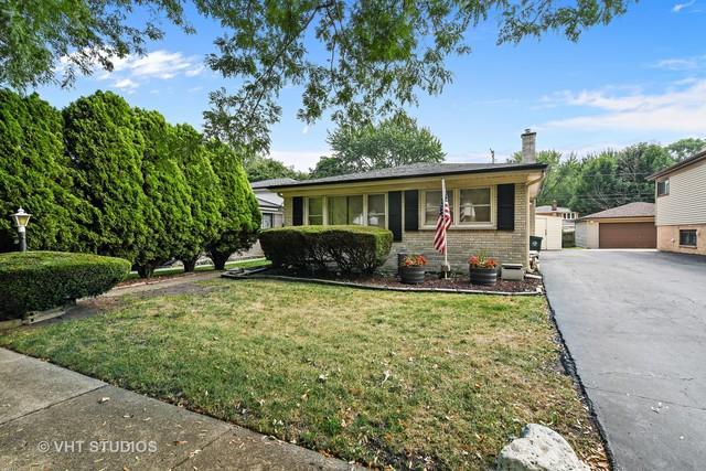 5519 Main Street, Morton Grove, IL 60053 (MLS #10055380) :: Littlefield Group
