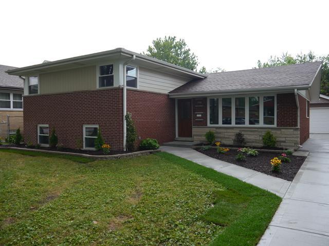 5308 W 102nd Street, Oak Lawn, IL 60453 (MLS #10055951) :: The Wexler Group at Keller Williams Preferred Realty
