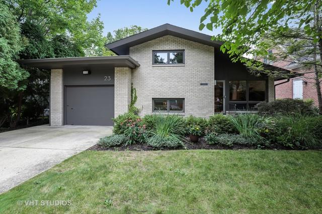 23 E Woodland Road, Lake Bluff, IL 60044 (MLS #10069459) :: The Jacobs Group
