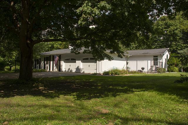 16860 Tanglewild Drive, Morrison, IL 61270 (MLS #10074233) :: The Saladino Sells Team