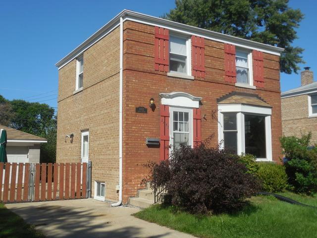2452 S 3rd Avenue, North Riverside, IL 60546 (MLS #10074722) :: The Saladino Sells Team
