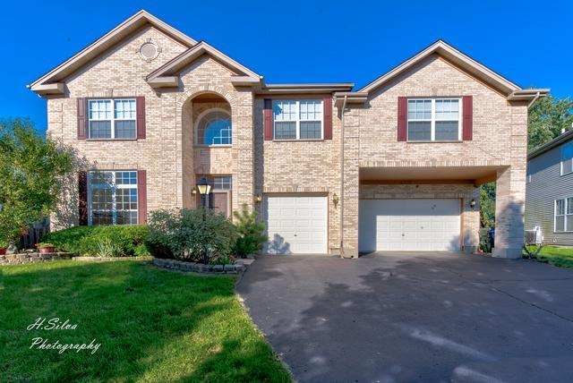 4709 Windridge Court, Carpentersville, IL 60110 (MLS #10078728) :: Lewke Partners