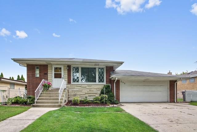233 Poppy Lane, Bensenville, IL 60106 (MLS #10088621) :: The Saladino Sells Team