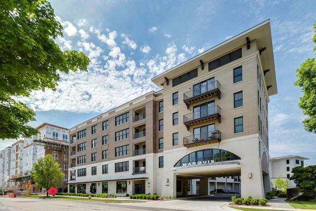 940 Maple Avenue #201, Downers Grove, IL 60515 (MLS #10090678) :: The Saladino Sells Team