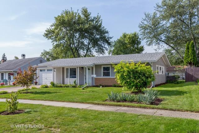 522 Country Lane, Streamwood, IL 60107 (MLS #10090915) :: Lewke Partners