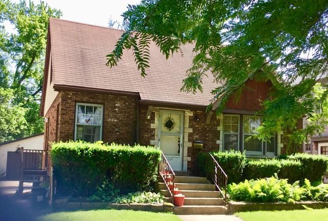 8517 Rockefeller Avenue, Brookfield, IL 60513 (MLS #10091339) :: The Mattz Mega Group