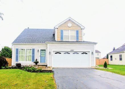 11880 Blue Bayou Drive, Huntley, IL 60142 (MLS #10100589) :: Leigh Marcus | @properties