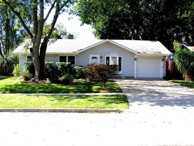 16 Hawthorne Lane, Streamwood, IL 60107 (MLS #10103158) :: The Dena Furlow Team - Keller Williams Realty