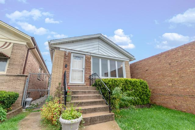 5745 N Elston Avenue, Chicago, IL 60646 (MLS #10105061) :: Ani Real Estate