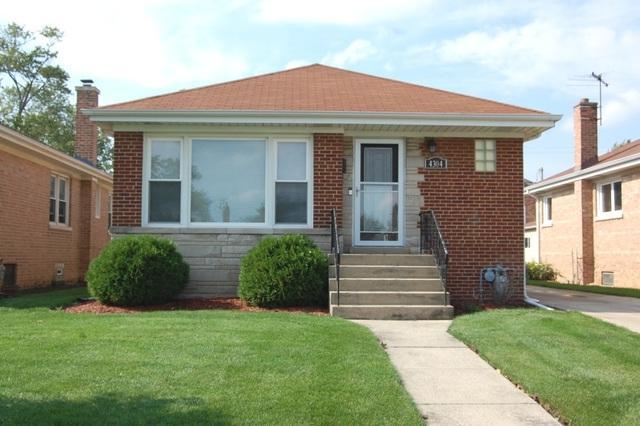 4304 N Oleander Avenue, Norridge, IL 60706 (MLS #10105739) :: The Dena Furlow Team - Keller Williams Realty