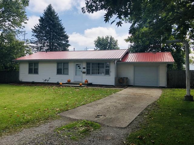 913 Timmons Drive, Tuscola, IL 61953 (MLS #10109076) :: Littlefield Group