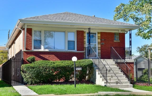 9240 S Essex Avenue, Chicago, IL 60617 (MLS #10114517) :: The Dena Furlow Team - Keller Williams Realty