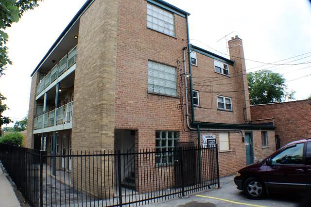 11456 Hale Avenue, Chicago, IL 60643 (MLS #10119005) :: The Dena Furlow Team - Keller Williams Realty
