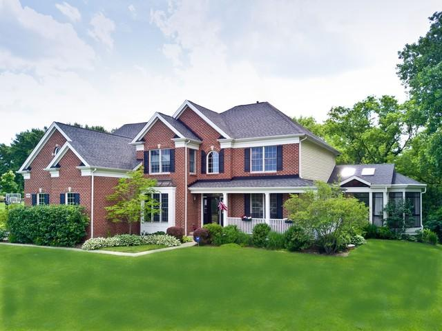 2530 Bayswater Circle, Gurnee, IL 60031 (MLS #10122463) :: Baz Realty Network | Keller Williams Preferred Realty