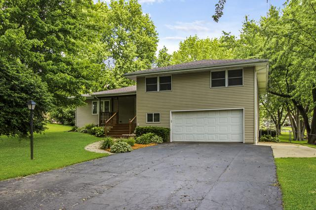 215 N Park Crest Drive, Freeport, IL 61032 (MLS #10123258) :: Berkshire Hathaway HomeServices Snyder Real Estate