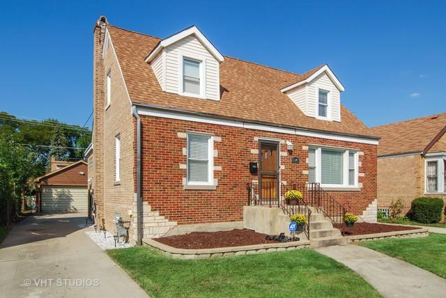 2346 S 1st Avenue, North Riverside, IL 60546 (MLS #10123649) :: Domain Realty