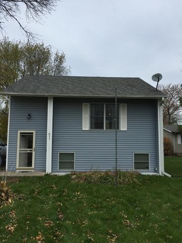 611 W Byers Street, Kirkland, IL 60146 (MLS #10124938) :: The Dena Furlow Team - Keller Williams Realty