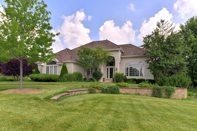 36W246 River View Court, St. Charles, IL 60175 (MLS #10131110) :: Angela Walker Homes Real Estate Group