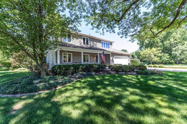 2S540 Arrowhead Drive, Wheaton, IL 60189 (MLS #10132851) :: The Wexler Group at Keller Williams Preferred Realty