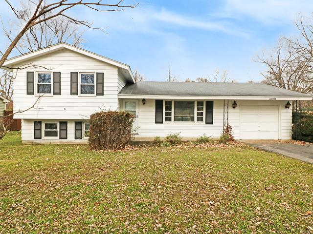 22W435 Sycamore Drive, Glen Ellyn, IL 60137 (MLS #10134448) :: Leigh Marcus | @properties