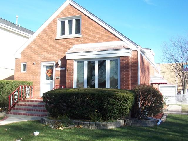 4201 N Odell Avenue, Norridge, IL 60706 (MLS #10134616) :: Ani Real Estate