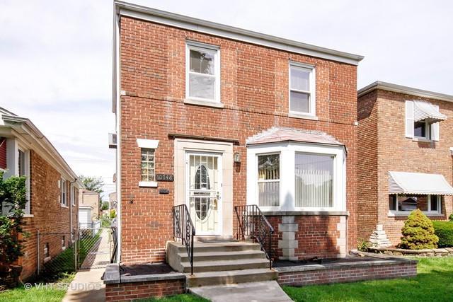 10748 S Rhodes Avenue, Chicago, IL 60628 (MLS #10134908) :: Ani Real Estate