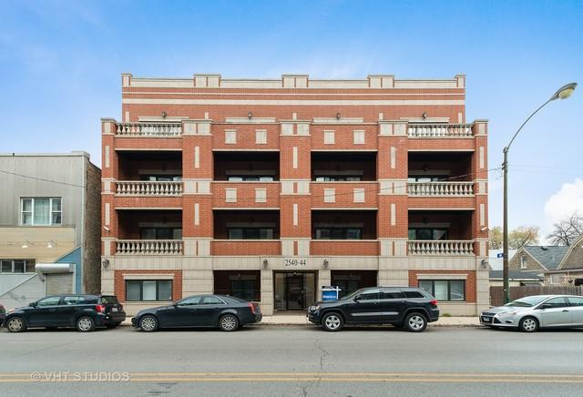 2540 W Diversey Avenue #403, Chicago, IL 60647 (MLS #10136914) :: Domain Realty