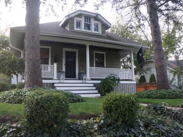 206 N Hager Avenue, Barrington, IL 60010 (MLS #10138026) :: Helen Oliveri Real Estate