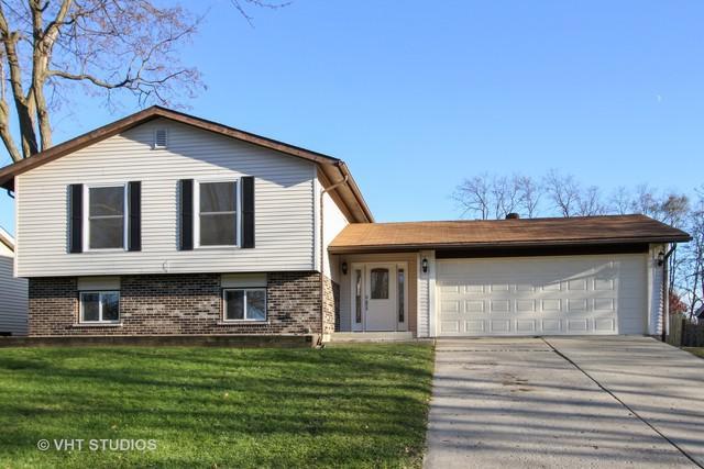 5011 Abbington Drive, Mchenry, IL 60050 (MLS #10138790) :: Lewke Partners