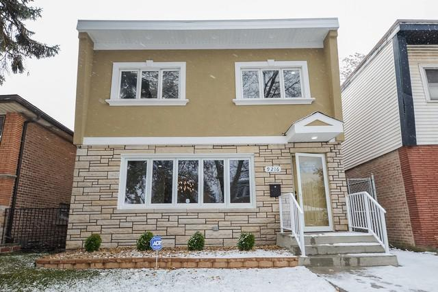 9216 S Kingston Avenue, Chicago, IL 60617 (MLS #10139401) :: Domain Realty