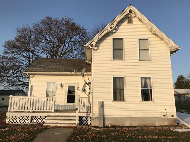 208 S Main Street, Ohio, IL 61349 (MLS #10142184) :: The Dena Furlow Team - Keller Williams Realty