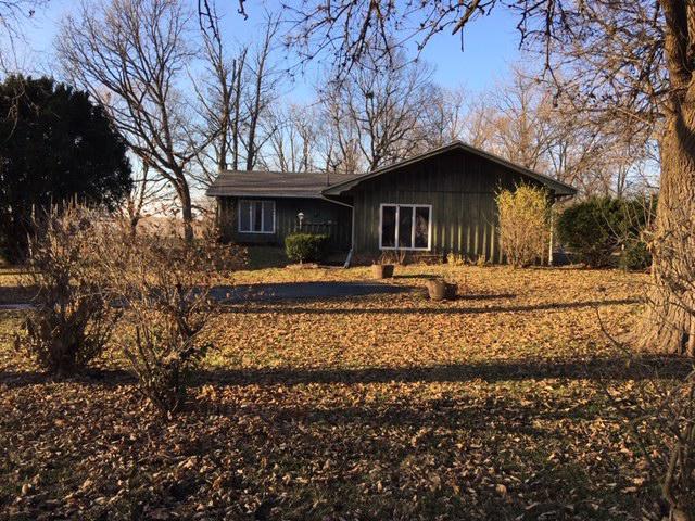 602 W First North Street, Wenona, IL 61377 (MLS #10143985) :: Baz Realty Network | Keller Williams Preferred Realty