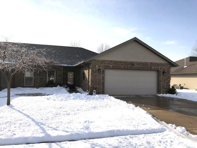 1405 W 21st Street, Sterling, IL 61081 (MLS #10146719) :: Leigh Marcus | @properties