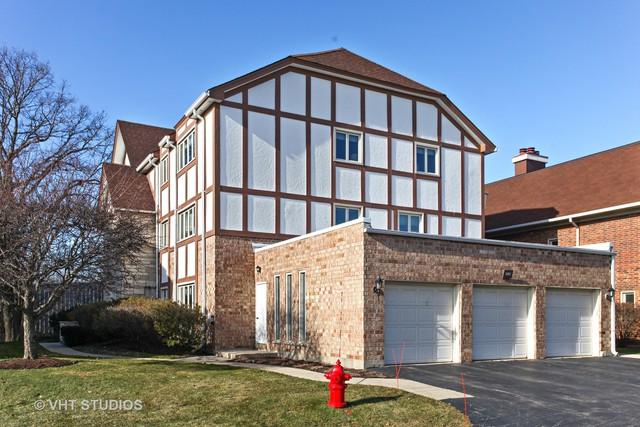 660 Ballantrae Drive C, Northbrook, IL 60062 (MLS #10149010) :: The Spaniak Team