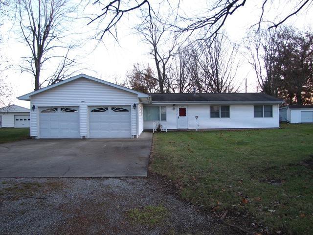203 Matteson Street, VILLA GROVE, IL 61956 (MLS #10150046) :: Ryan Dallas Real Estate
