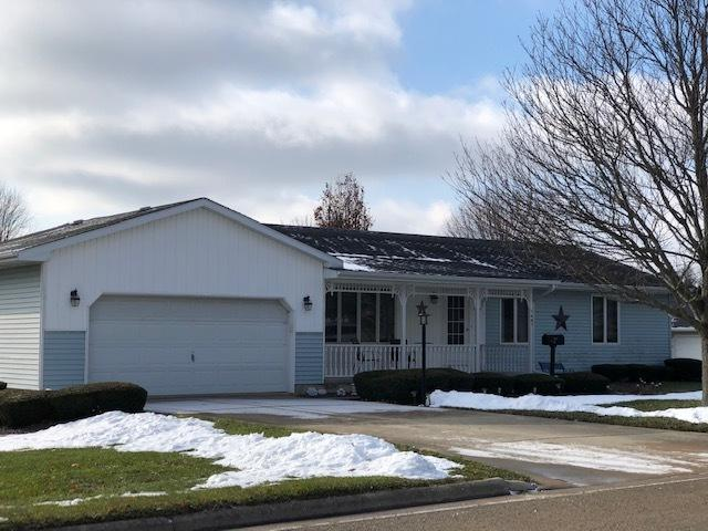 1407 Burlington Street, Mendota, IL 61342 (MLS #10150723) :: Leigh Marcus | @properties