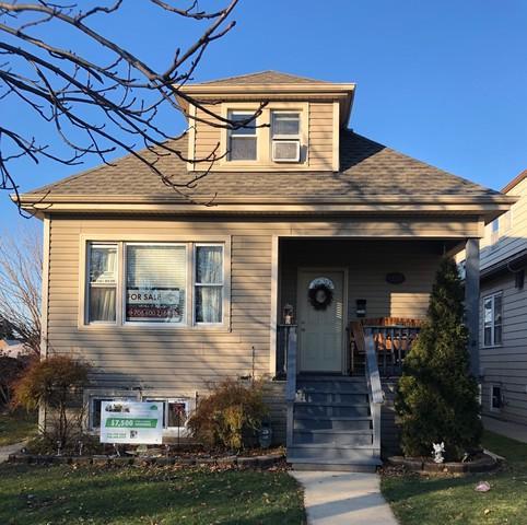 2240 N 75th Avenue, Elmwood Park, IL 60707 (MLS #10151050) :: Leigh Marcus | @properties