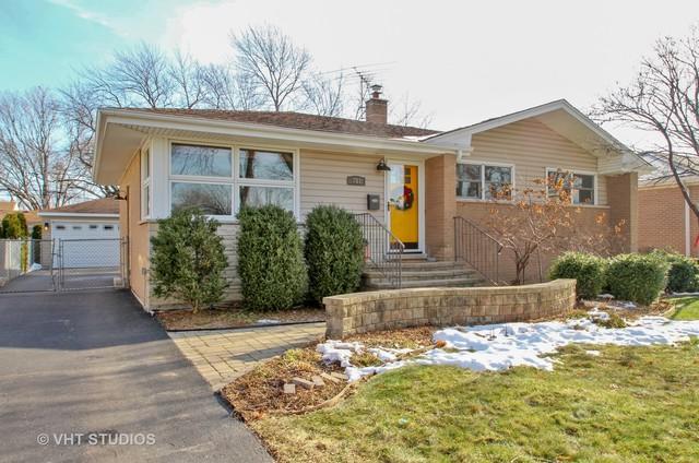 701 N Elmhurst Avenue, Mount Prospect, IL 60056 (MLS #10154851) :: Helen Oliveri Real Estate
