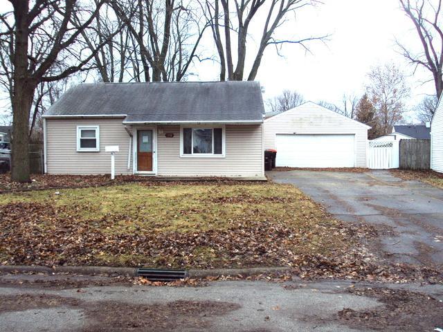 1352 Sunset Drive, Rantoul, IL 61866 (MLS #10159265) :: Ryan Dallas Real Estate