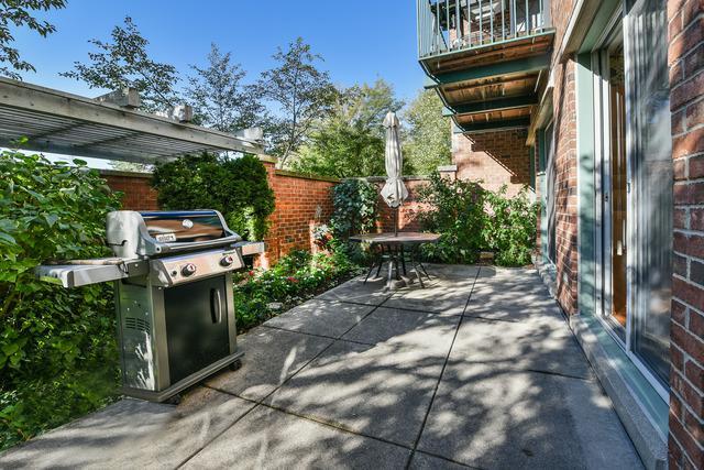 4010 Arbor Lane #101, Northfield, IL 60093 (MLS #10168312) :: Helen Oliveri Real Estate