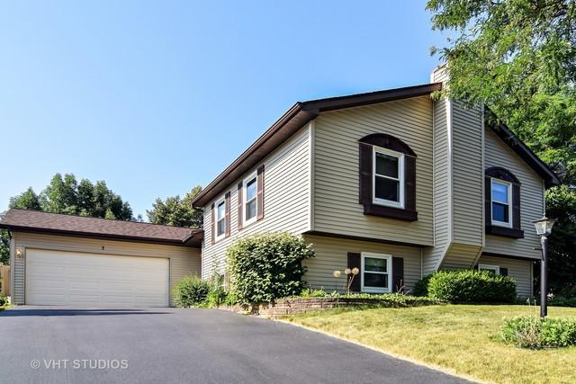 7 Evergreen Drive, Streamwood, IL 60107 (MLS #10168630) :: Baz Realty Network | Keller Williams Preferred Realty