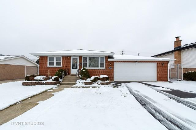 10601 Forest Lane, Chicago Ridge, IL 60415 (MLS #10172293) :: The Jacobs Group