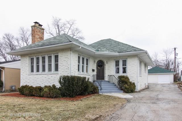227 N Oak Street, West Chicago, IL 60185 (MLS #10249256) :: The Wexler Group at Keller Williams Preferred Realty