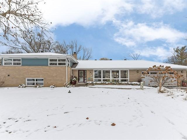 2269 S Westwood Lane, Palatine, IL 60067 (MLS #10249260) :: Baz Realty Network | Keller Williams Preferred Realty