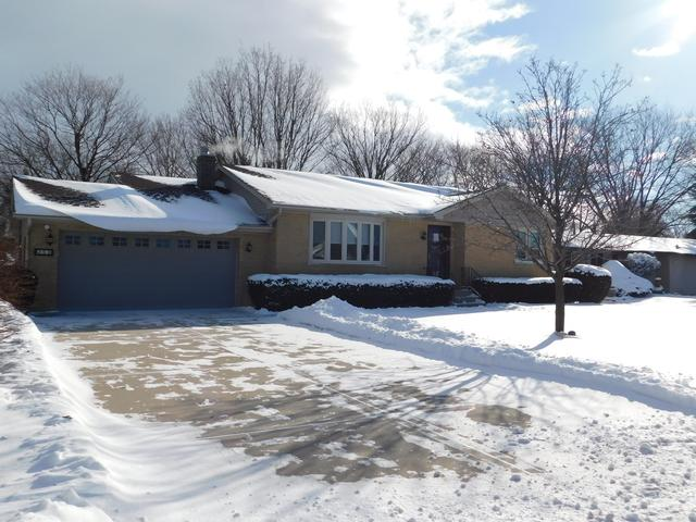 255 N Locust Street, Frankfort, IL 60423 (MLS #10250959) :: The Wexler Group at Keller Williams Preferred Realty