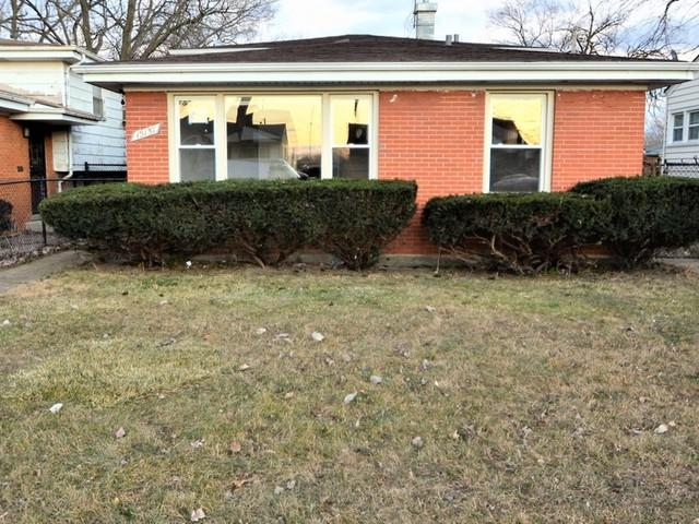 15137 Winchester Avenue, Harvey, IL 60426 (MLS #10251228) :: The Jacobs Group
