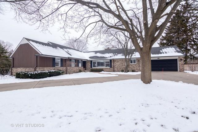 1060 Woodbine Lane, Northbrook, IL 60062 (MLS #10252824) :: T2K Properties