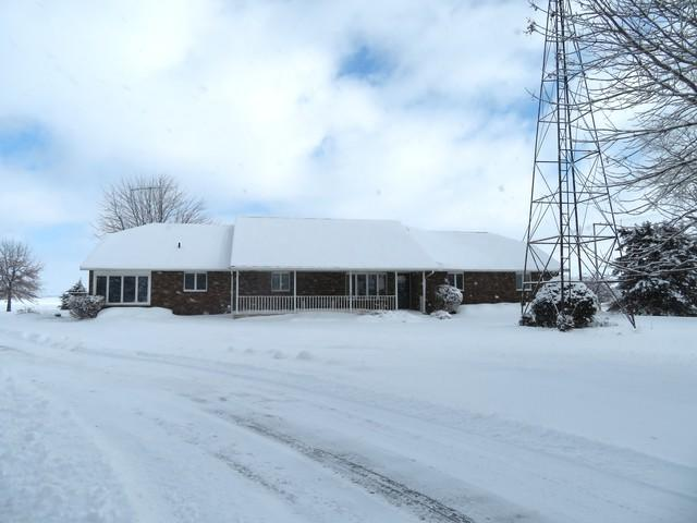 1202 Nelson Road, Rock Falls, IL 61071 (MLS #10255746) :: Baz Realty Network | Keller Williams Preferred Realty