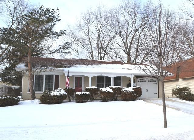 125 Oakwood Drive, Bolingbrook, IL 60440 (MLS #10258503) :: Baz Realty Network | Keller Williams Preferred Realty