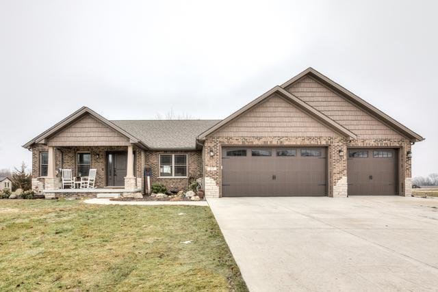 835 Cambridge Drive, Paxton, IL 60957 (MLS #10262868) :: Baz Realty Network | Keller Williams Preferred Realty